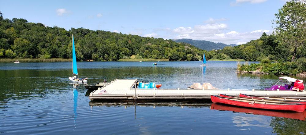 rent-boats-at-howarth-park-in-santa-rosa-sonoma-county-california
